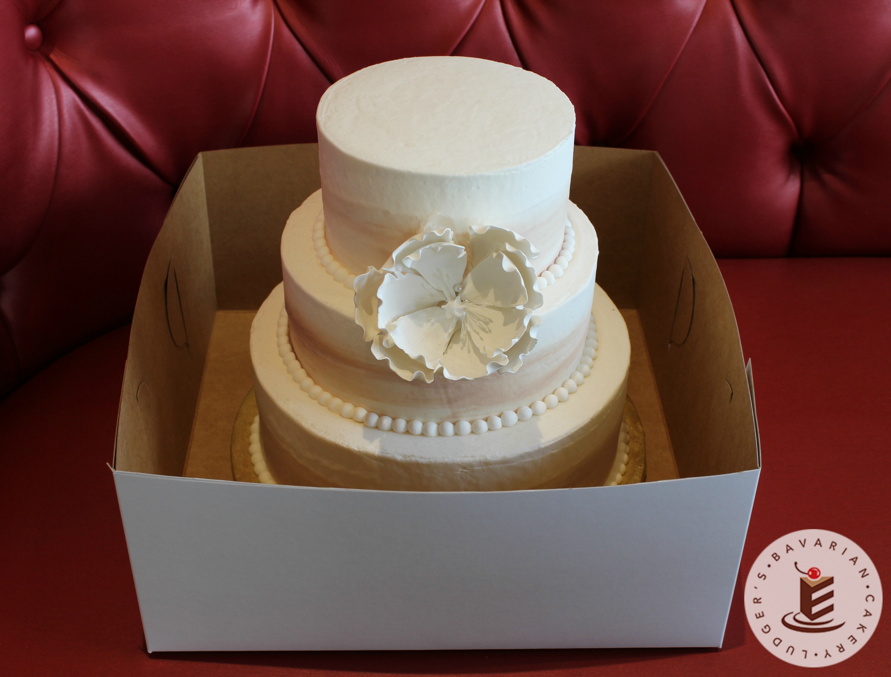 how to pick out a wedding cake wedding cake up ludger s bavarian cakery 16091
