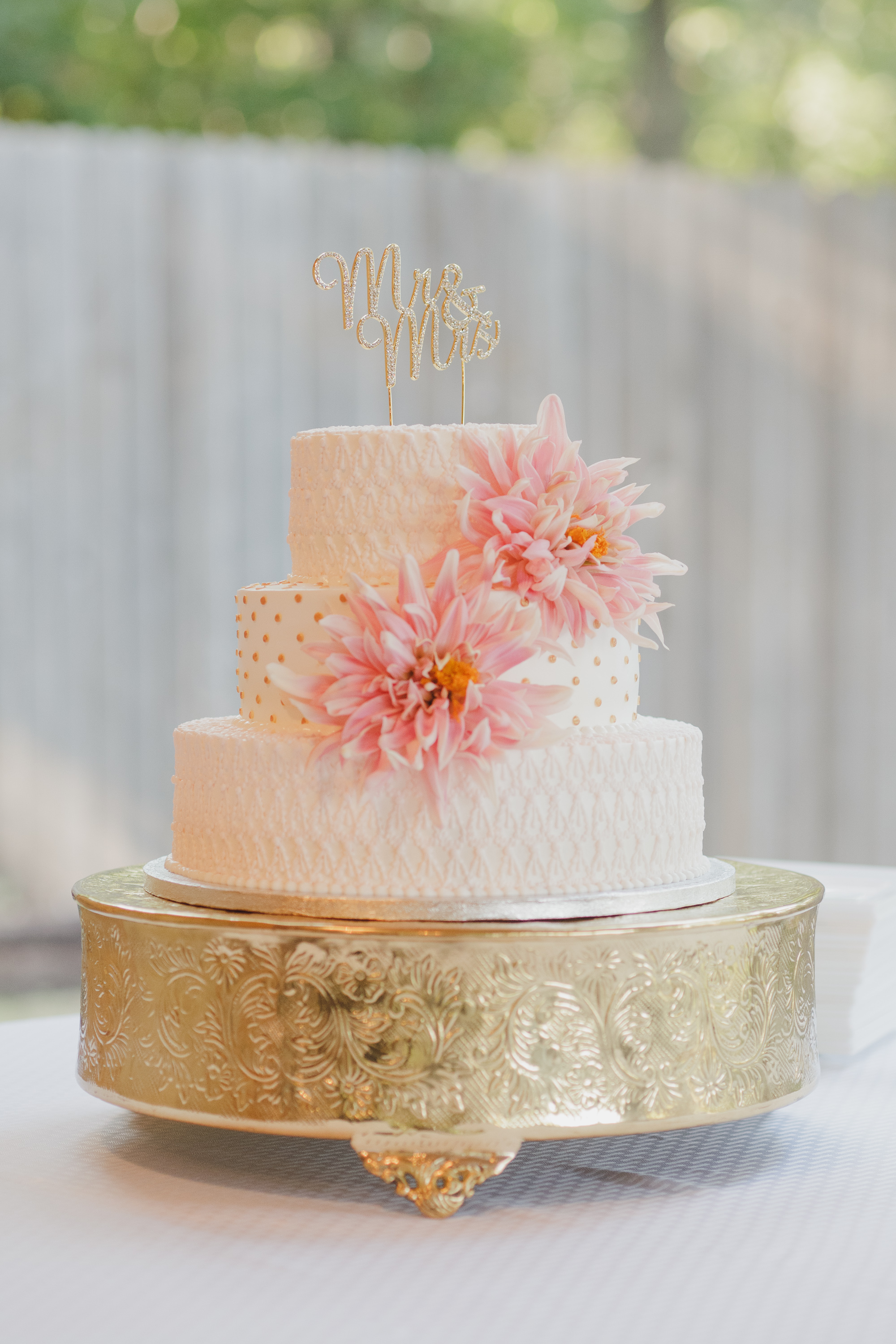 pricing a wedding cake ludger s bavarian cakery tulsa bakery amp coffeehouse 6783